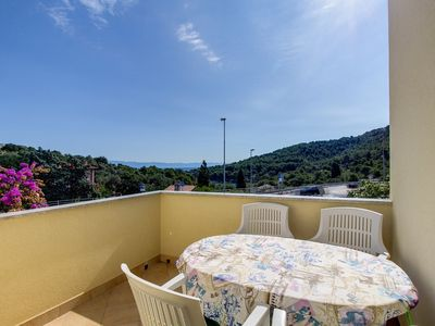Photo for Mario  apartment in Mali Losinj with WiFi, air conditioning, private parking & balcony.