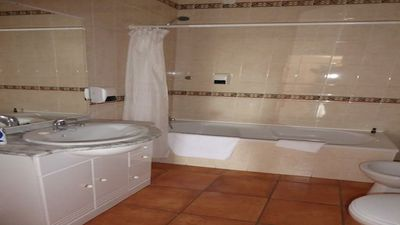 Photo for Spacious one bedroom apartment with pool by Porto de Mós beach - SW / PM