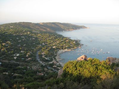 Photo for Quiet family vacation home in a natural sea bay near St. Tropez