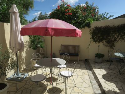 Photo for Spacious living in sunny Midi near the sea and mountains