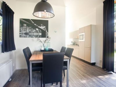 Photo for Vacation home Deluxe 6 personen in Lunteren - 6 persons, 3 bedrooms