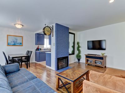 Photo for Leisure suite is minutes from Marina Del Rey. Very close to all LA may offer!