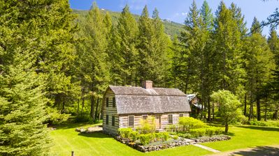Photo for Living in the Past Glacier Log Home - Mins from Glacier, Featured in Magazine!