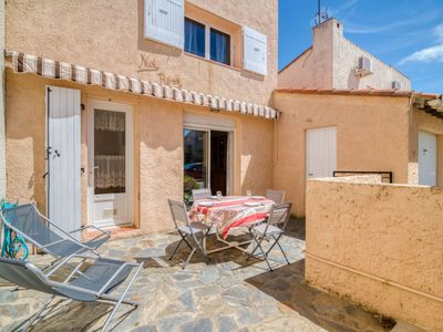 Photo for Vacation home Les Villas de l'Aygual in Saint Cyprien - 4 persons, 2 bedrooms