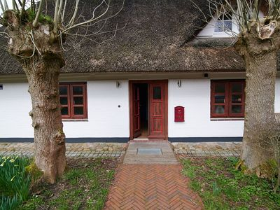 Photo for Living under thatch, in park-like garden 15000 sqm.