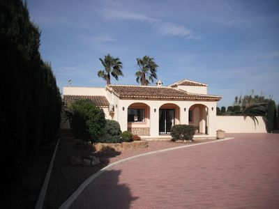 Photo for 3 bedroom villa in Catral with private pool and beautiful gardens.