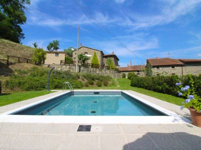 Photo for Old stone house for 4 persons with private pool and free Wi-Fi. Ideal for your holiday immersed in t