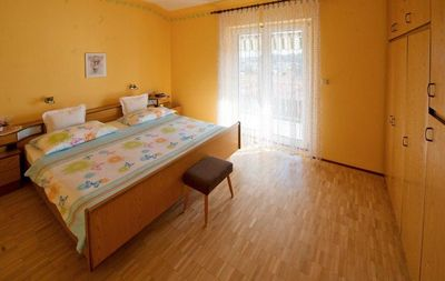 Photo for Two bedroom apartment with balcony and sea view Rab