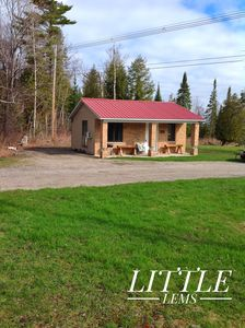 Photo for Adorable Cottage On Lake Huron