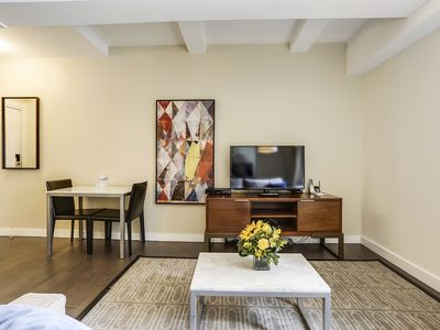 Photo for Luxury Midtown One Bedroom Suite with Kitchen