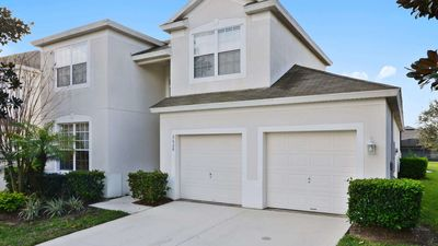 Photo for Beautiful 5  bedroom pool home with games room close to Disney, sleeps 10 guests