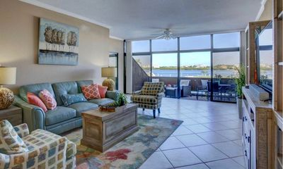 Living room 5 feet from the water!