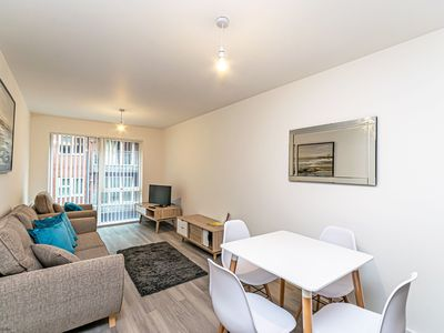 Photo for City Centre Halo House Large 2 bed