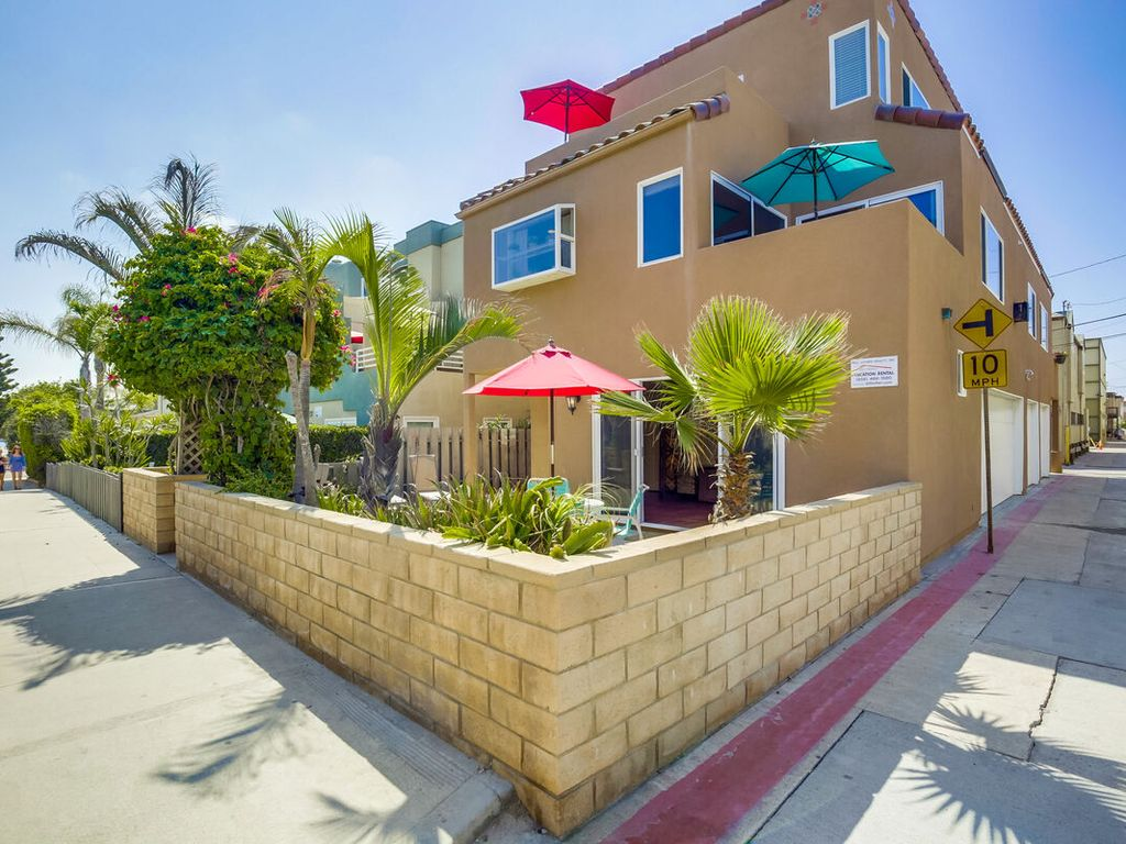 Relax Family Beach Home Ground Floor Private Patio Ocean Views Mission Beach