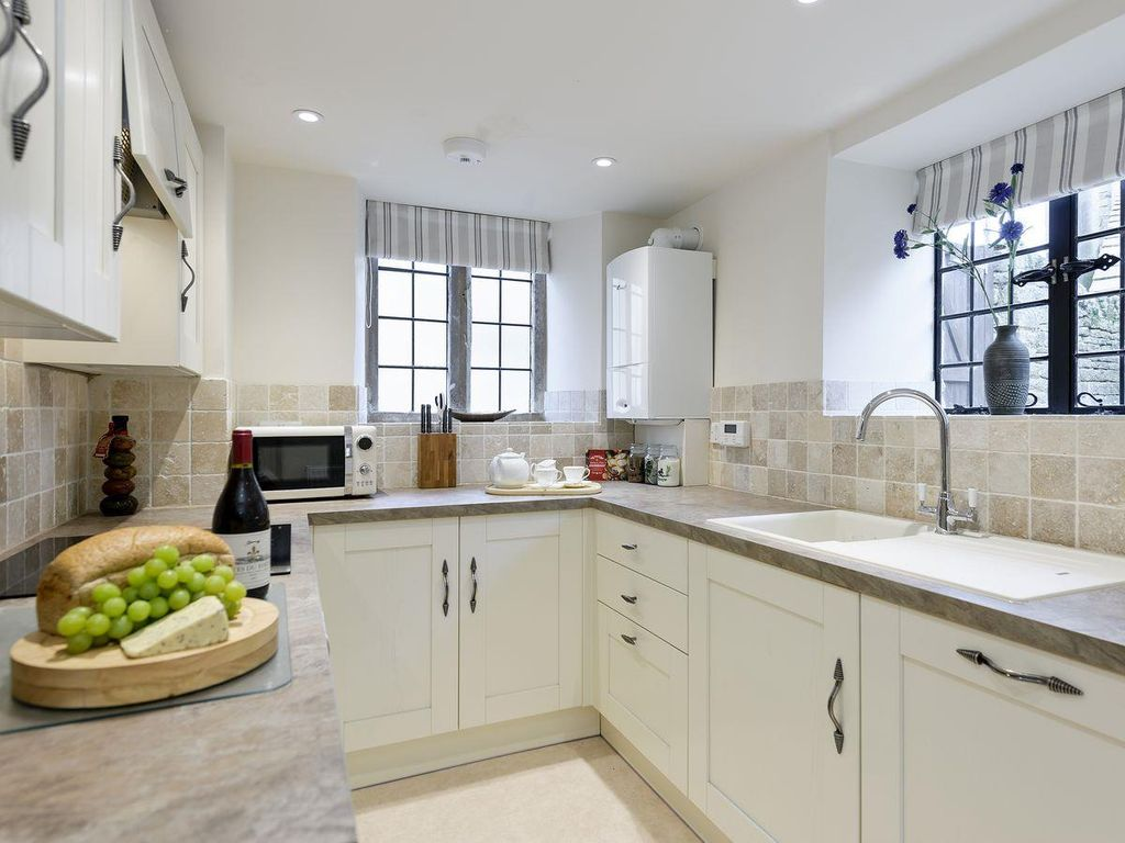 Vine House: 3 bedroom property in Bourton-on-the-Water. - 6927397