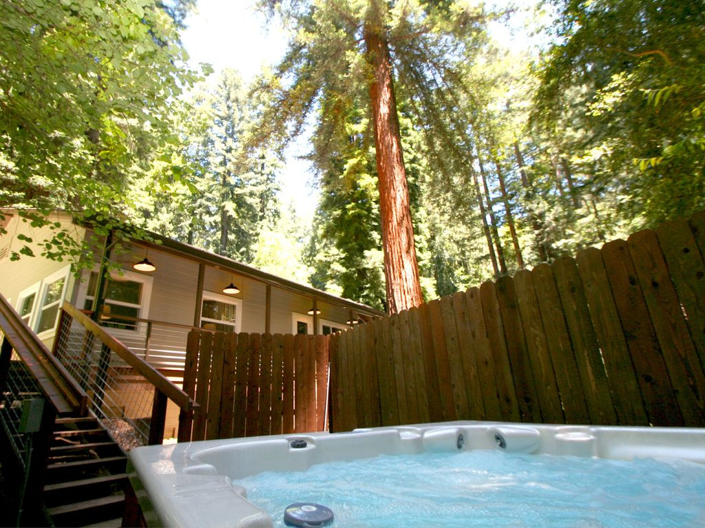 rio nido single personals 15391 willow rd, rio nido, ca is a 2 bed, 1 bath, 800 sq ft single-family home available for rent in rio nido, california.