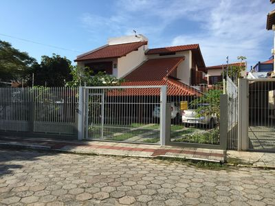 Photo for Comfortable house 80 meters from the beach, safe, easy access, and air conditioning!