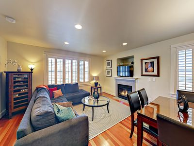 Photo for 3-Story Seattle Townhome - Minutes to Downtown, the Beach, Shops & Dining