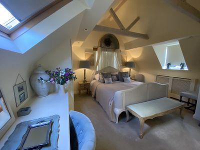 Photo for 2BR Cottage Vacation Rental in Chipping Campden