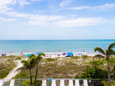 Photo for GORGEOUS GULF VIEWS DIRECTLY ON THE BEACH!!
