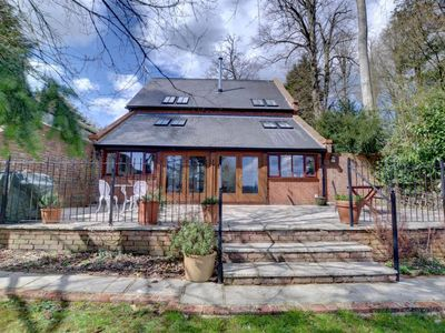 Photo for Vacation home Valley View Barn  in Royal Tunbridge Wells, South - East - 6 persons, 3 bedrooms