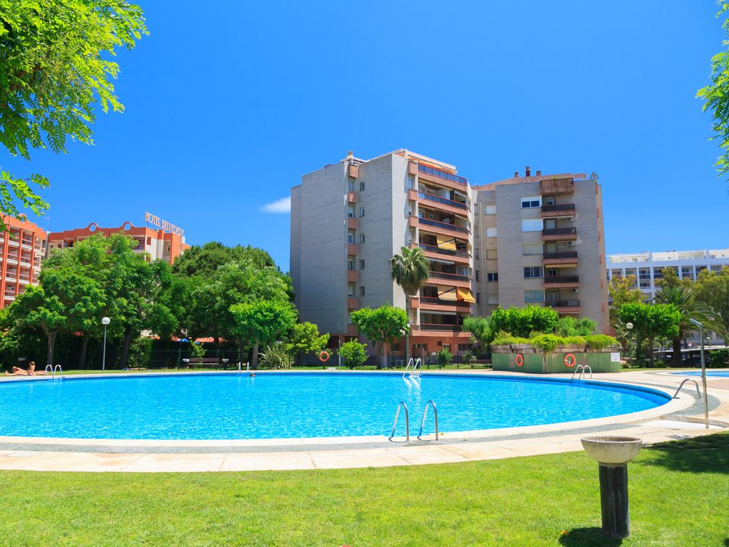 Economic Apartment In Salou Centre With 3 Large Swimming Pools S104 314 Danubio