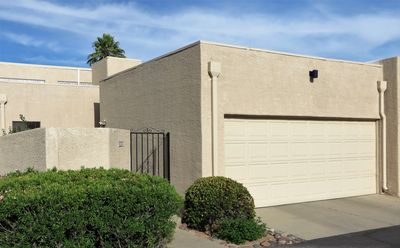 Photo for Spacious 2 Bedroom Townhome, Garage!