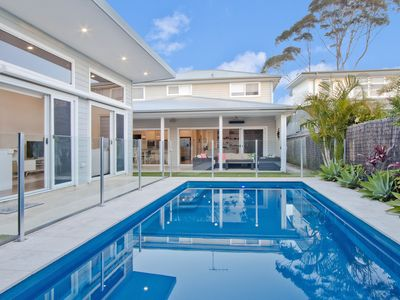 Photo for 4 Bedroom Sydney/Northern Beaches with Pool