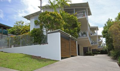 Photo for Unit 2, Sea Breeze Villas- 39 First Avenue Coolum - WIFI, 400 Bond