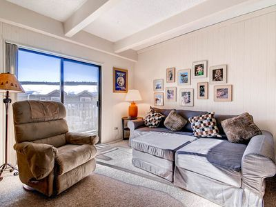 Photo for 3 blocks from downtown! Just steps from ski-lift! wifi, indoor pool, hot tub!