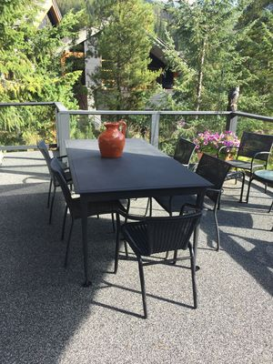 Front deck overlooking the golf course and Monument peak. Seating for 10.