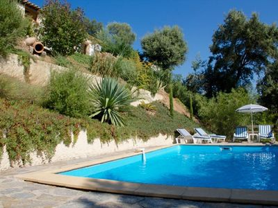 Photo for Nice villa in two steps Grimaud-Village with swimming pool and very pretty view