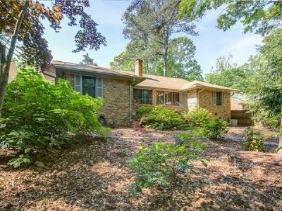 Photo for Cozy Buckhead Home - close to everything!