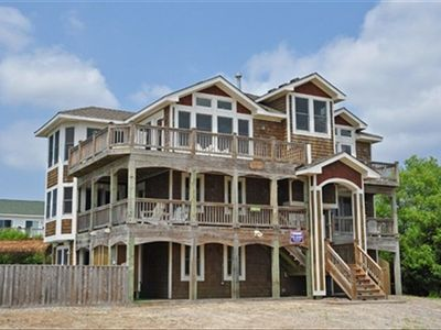 Big Semi-Oceanfront with 2nd and 3rd level decks. Two MBRs have private decks.