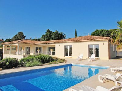 Photo for 3 bedroom Villa, sleeps 6 in Villepey with Pool, Air Con and WiFi