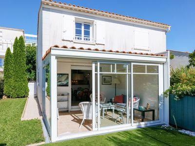 Photo for 2BR Apartment Vacation Rental in Vaux-sur-mer, Poitou-charentes