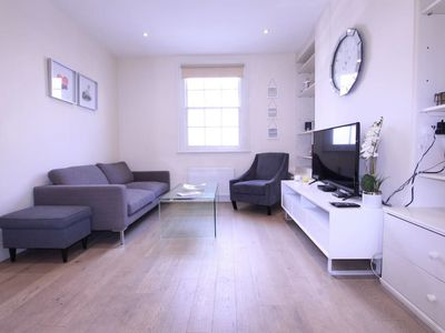 Photo for 119 BROADLEY ST · Cosy 3 Bedroom House in Central London