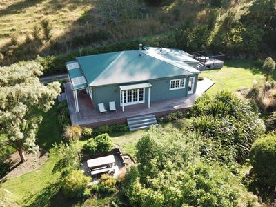 Photo for The Glen House Situated in Pigeon Bay