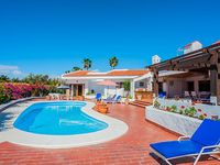 Clean well appointed villa in an excellent location