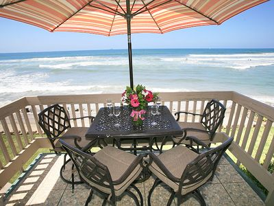 Photo for Absolute BEACH FRONT COTTAGE! PANORAMIC VIEWS, 3 queens beds, E20-Tropical Paradise