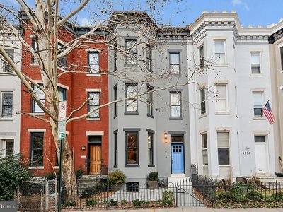 Photo for Spacious Historic U Street Home w/Roof Deck!