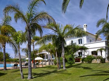 Luxury villa in spectacular location with tennis court/games room/large s/pool