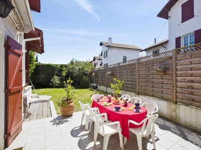 Photo for Charming Basque villa with terrace and garden in Bayonne - Welkeys