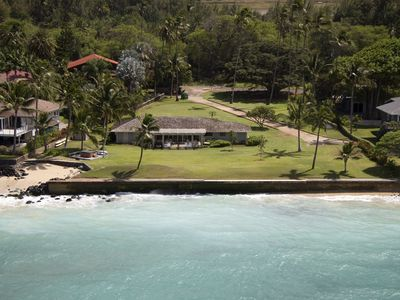 Photo for Private White Sandy Beachfront Home on Maui's North Shore