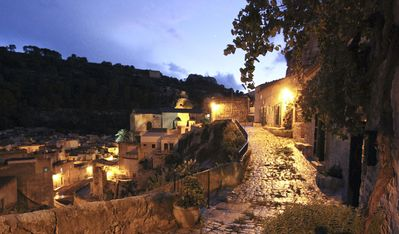 Photo for Typical house with charming view a few steps from the centre of Scicli