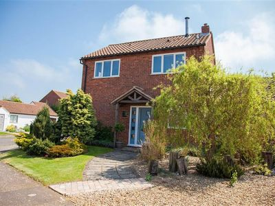 Photo for A light and airy contemporary property in Brancaster with upstairs living space.