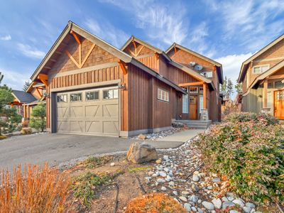 Photo for Fire Pit, Hot Tub, BBQ in the Heart of Suncadia with Full Resort Access!