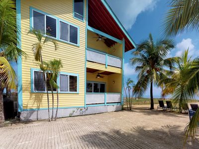 Photo for Second-floor oceanfront villa with easy access to the beach, near the ferry