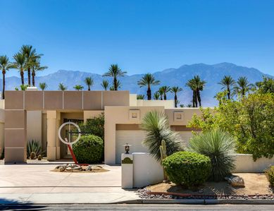 Fabulous Contemporary View Property in Rancho Mirage