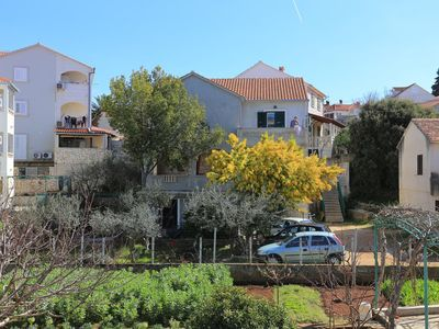 Photo for 1BR Apartment Vacation Rental in Supetar